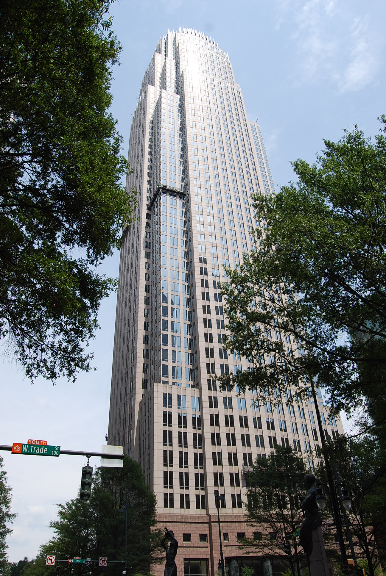 Charlotte Office Bank Of America Corporate Center 100 N Tryon Street  Charlotte, NC 28202